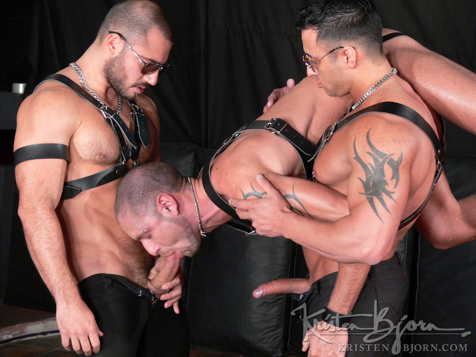 free gay leather porn